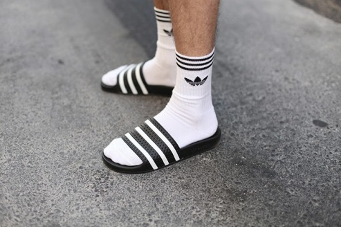 adidas-sandals-trends-tendencias-2014-spring-summer-primavera-verano-shower-piscineras-trend-alert-baaf2adad79e28cd16a26441f0641b33